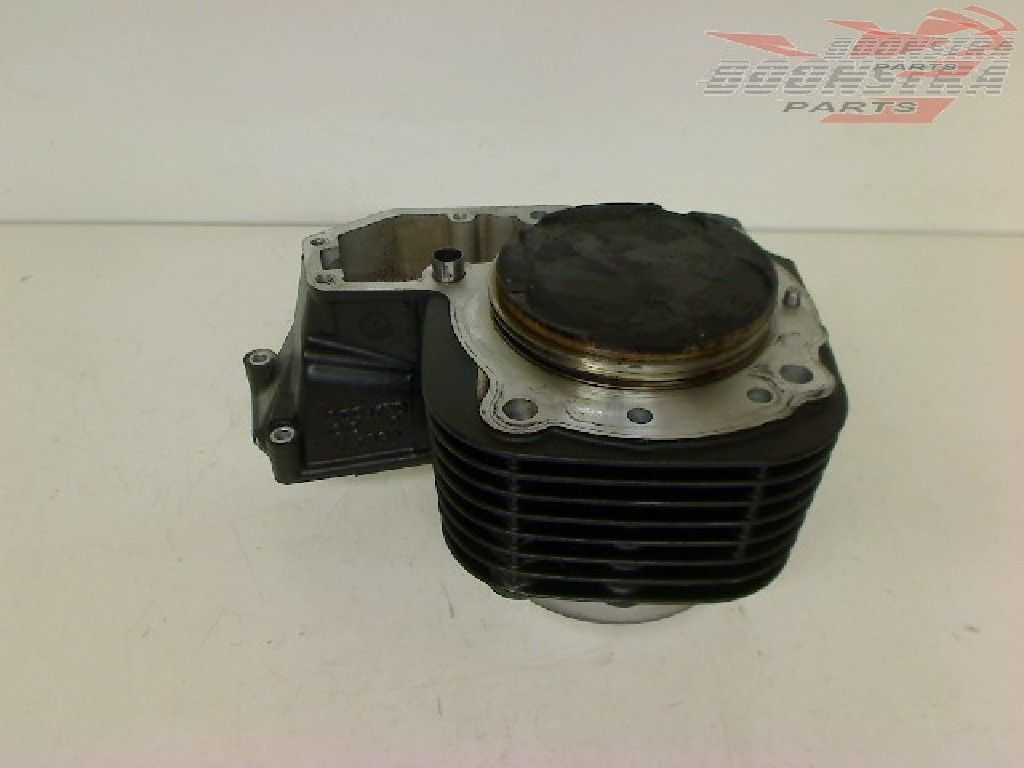 BMW R 1200 RT 2010-2013 (R1200RT 10) Cylinder Right